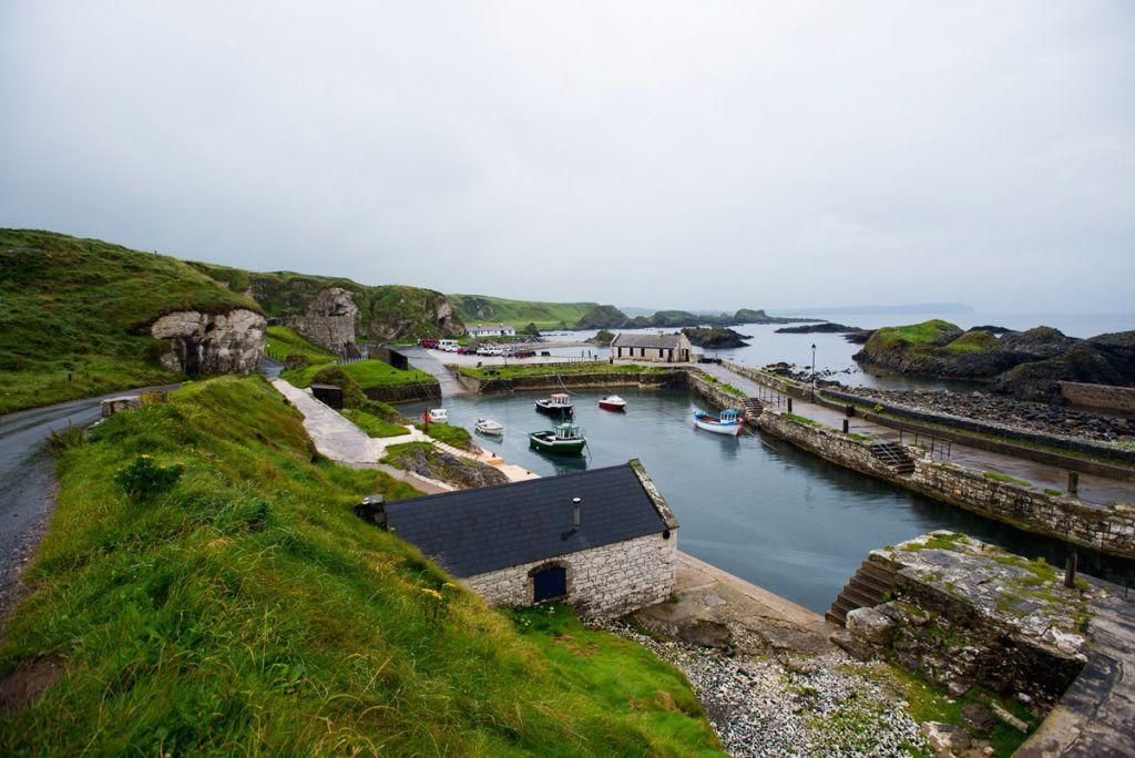 El puerto de Ballintoy, escenario de Juego de Tronos, Irlanda del Norte