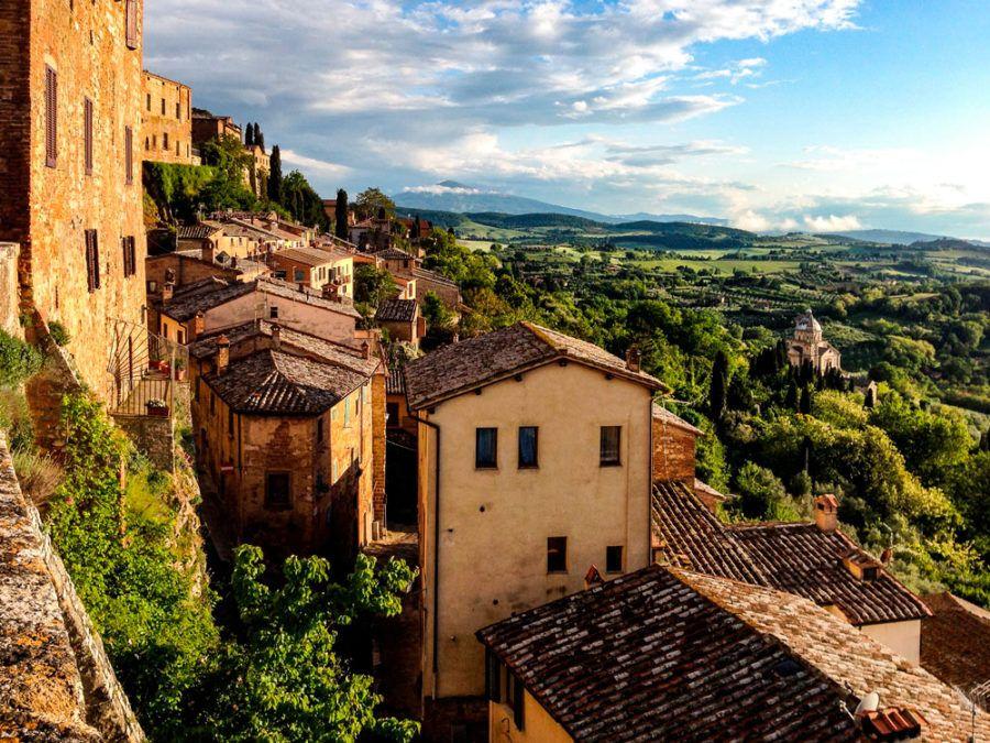 Toscana en coche paisaje arquitectura arte ruta