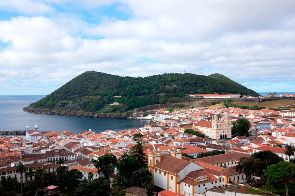 Terceira en familia Azores niños paisaje Portugal