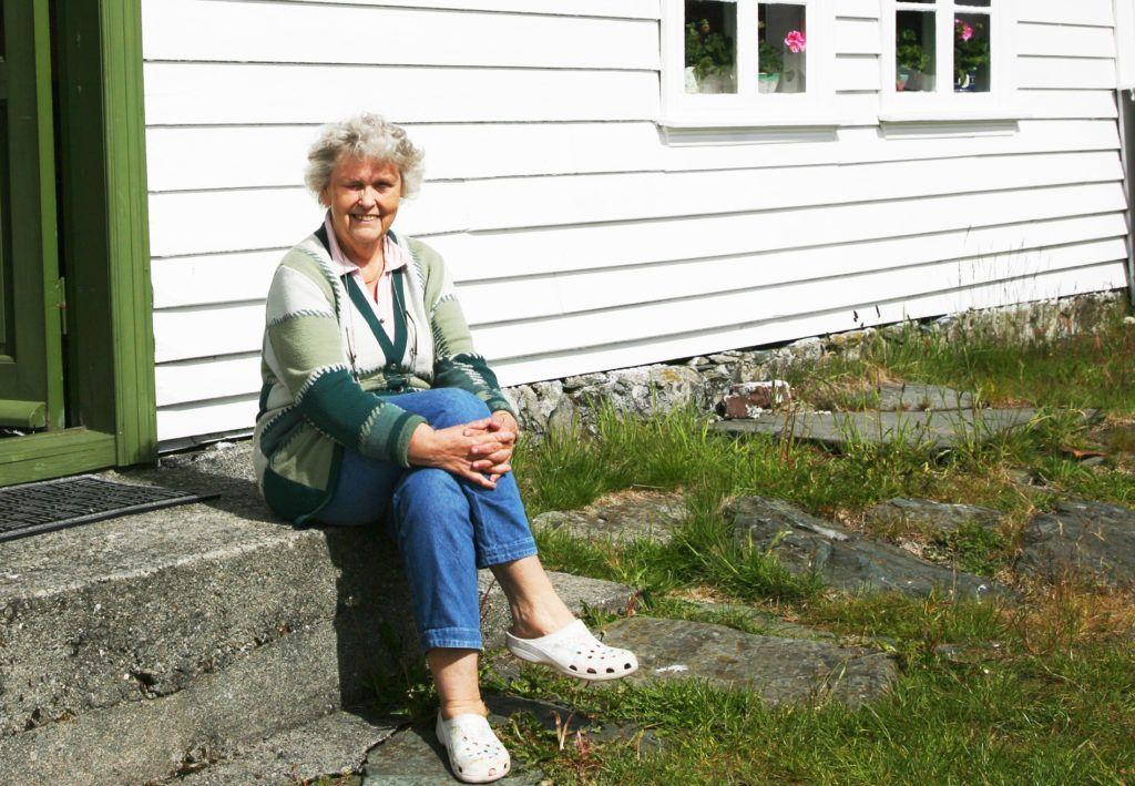 Ingrid del Hotel Kultur -Hotell de la isla de Rovaer de Noruega