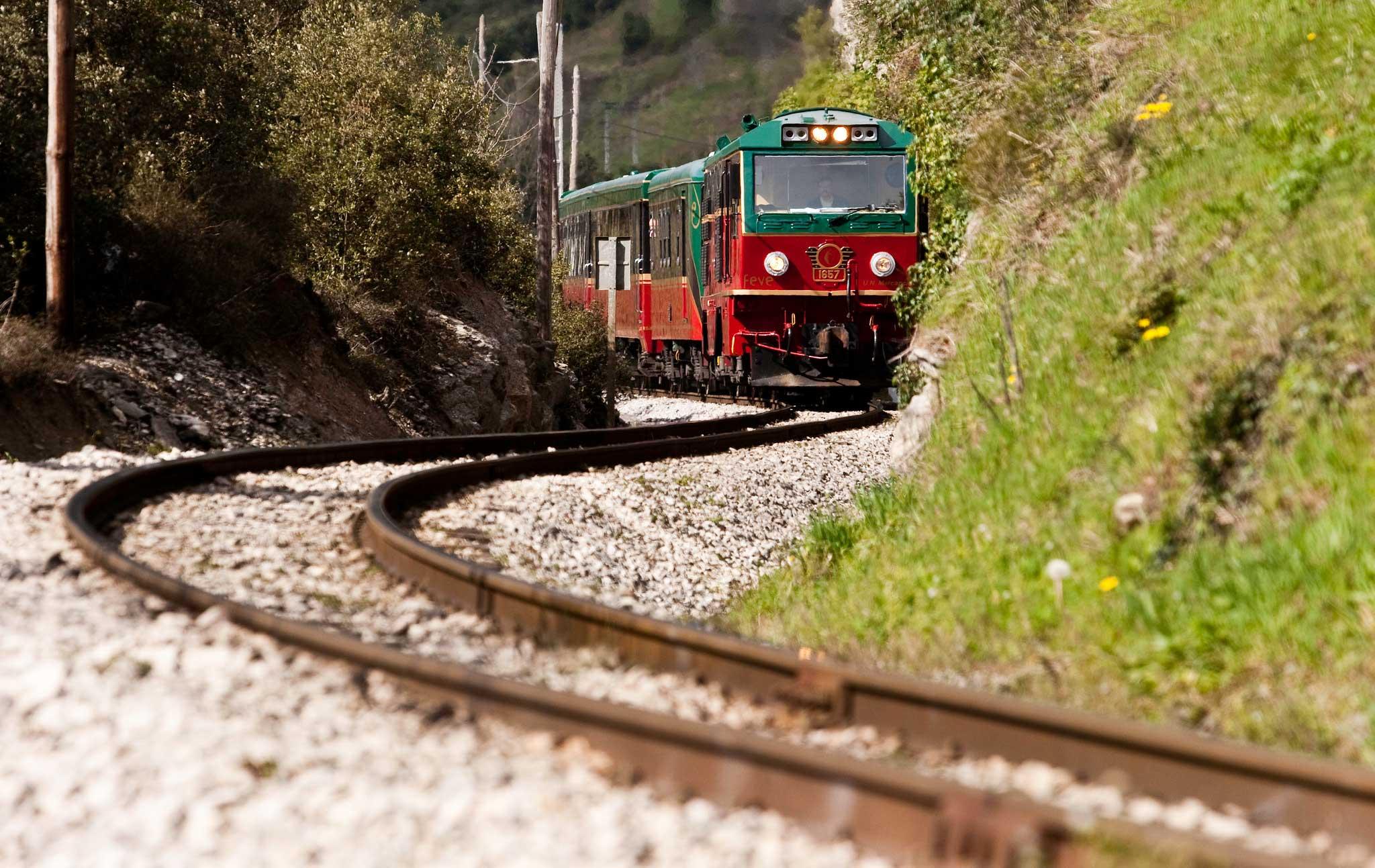 Expreso de la Robla viajes en tren