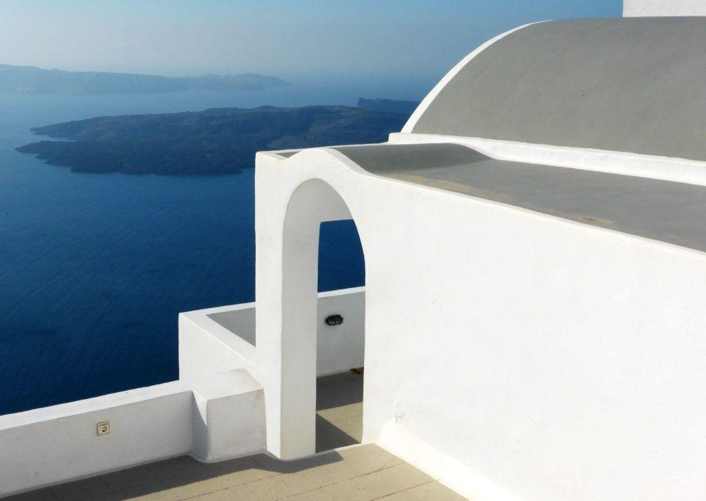 mujeres etheria santorini grecia viajes