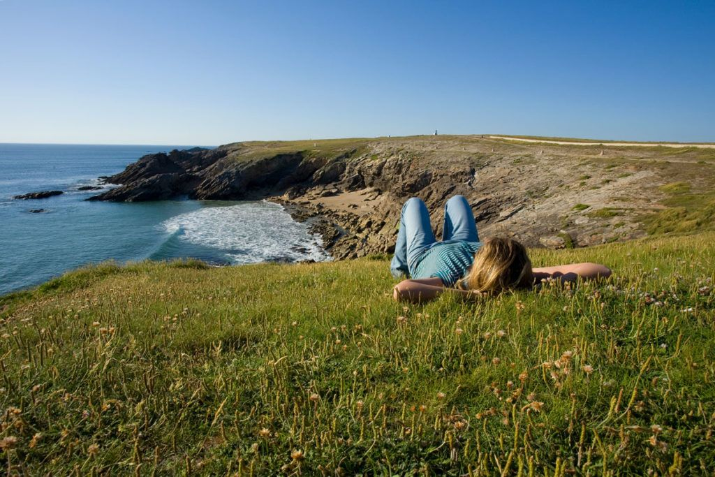 Ruta senderismo Francia Bretaña viajes mujeres