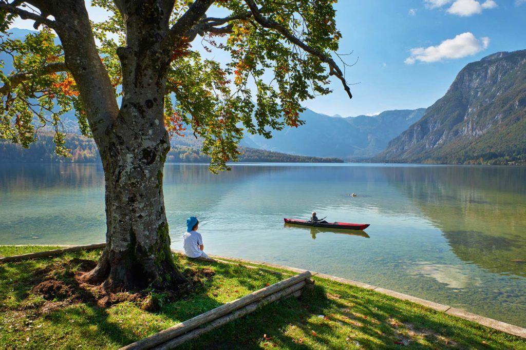 lago bohing eslovenia viajes aventura mujeres