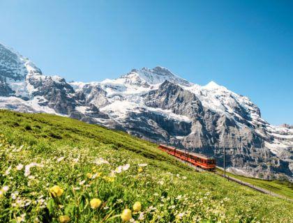 Montañas naturaleza viajes niños