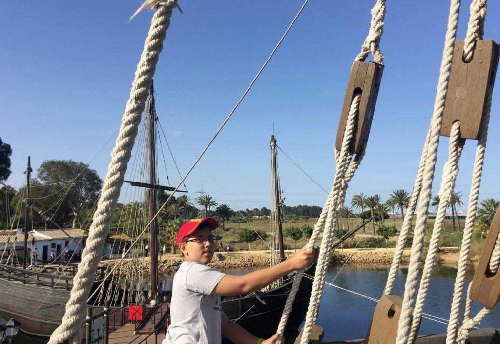 barcos del muelle de las Carabelas