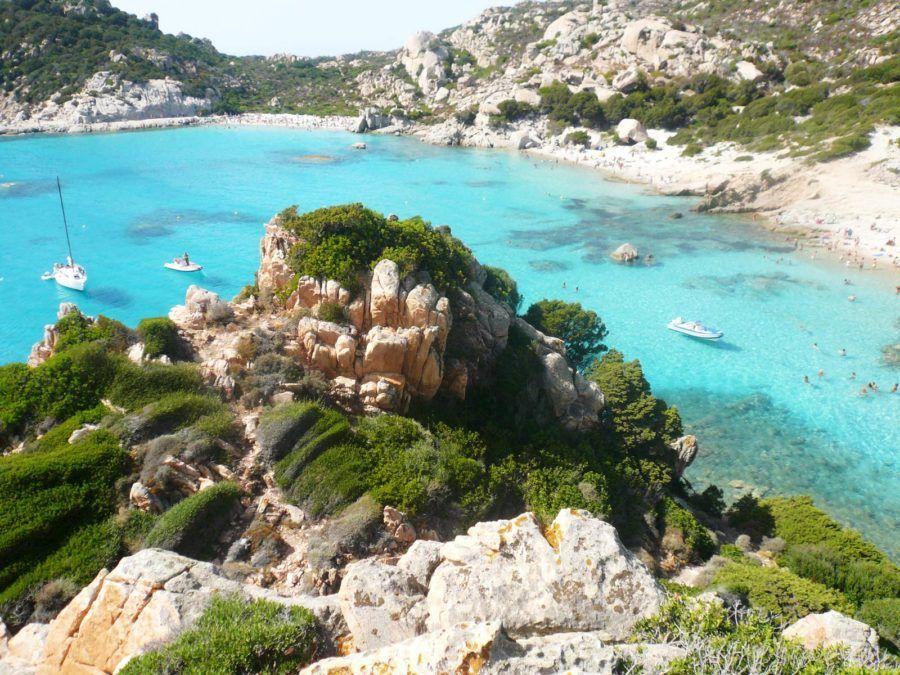 viaje mujeres cerdena playas costa esmeralda