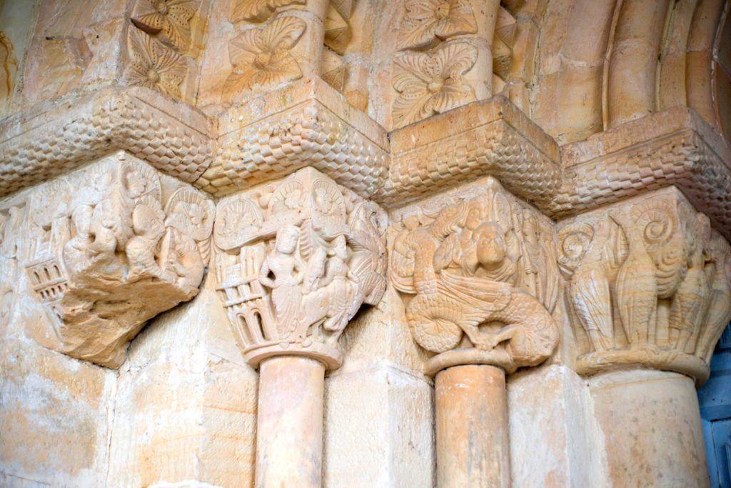 capiteles de favila, parador de cangas de onis, viaje lujo asturias