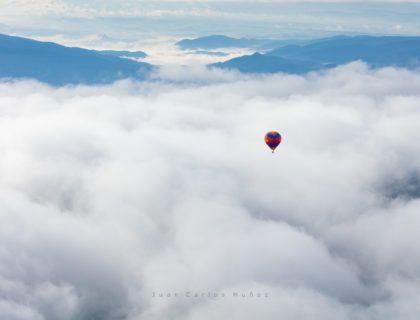 Hot-air balloon flight, Montsec Range, The Pre-Pyrenees, Lleida, Catalonia, Spain, Europe