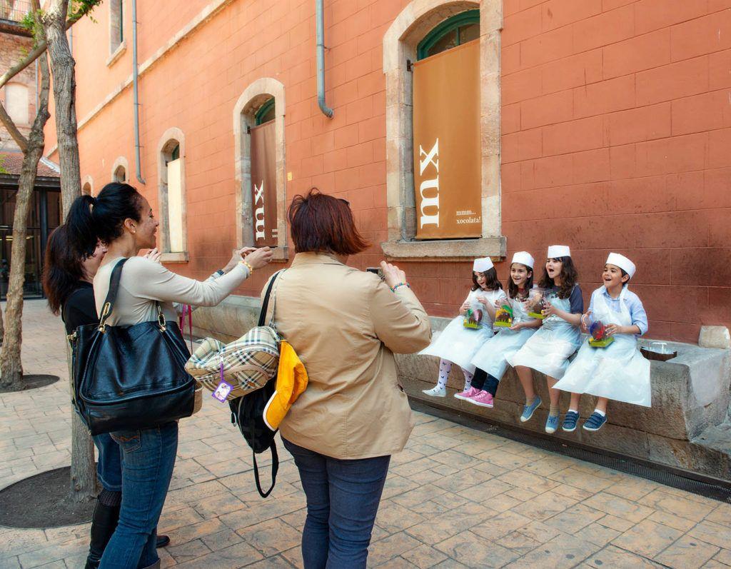 talleres ninos en barcelona, viajar en familia a barcelona, que ver en barcelona con ninos
