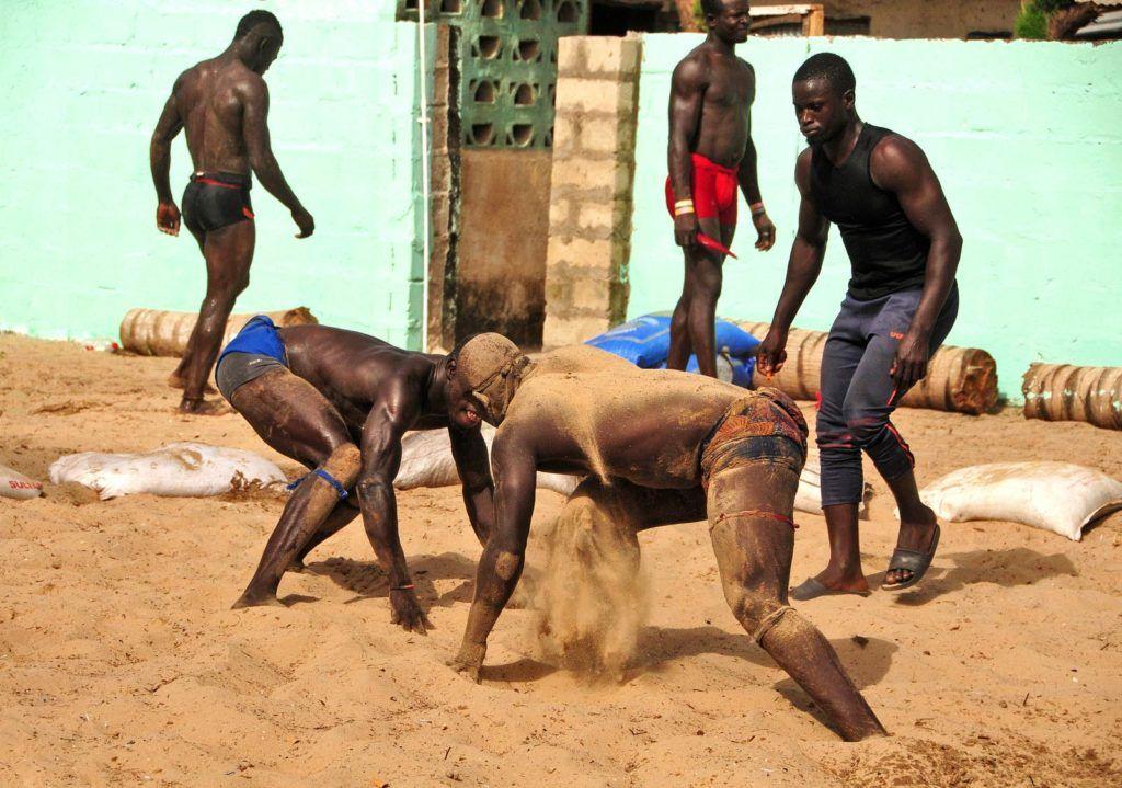 wrestling en gambia, viajes mujeres a gambia, que hacer en gambia, viajar a gambia sola