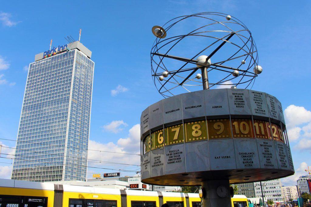 Alexanderplatz en berlin, que ver en berlin, viajes mujeres berlin