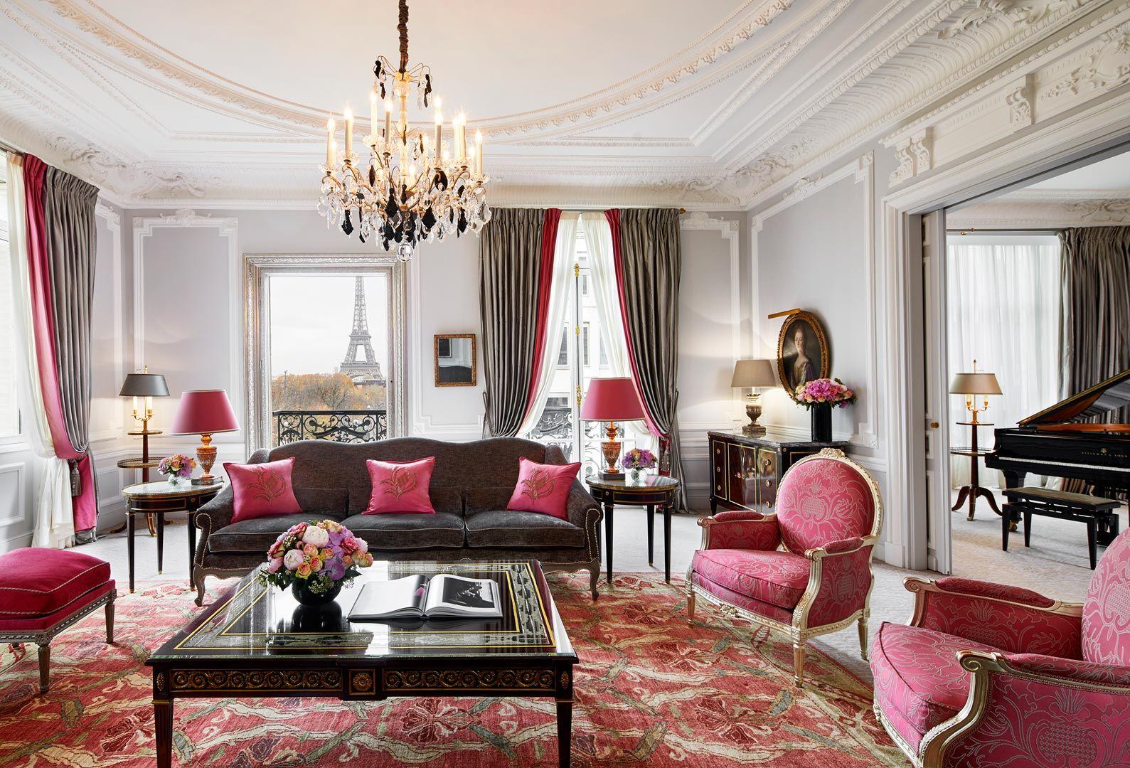 suite hotel plaza athenee, hotel lujo en paris, viajes mujeres paris