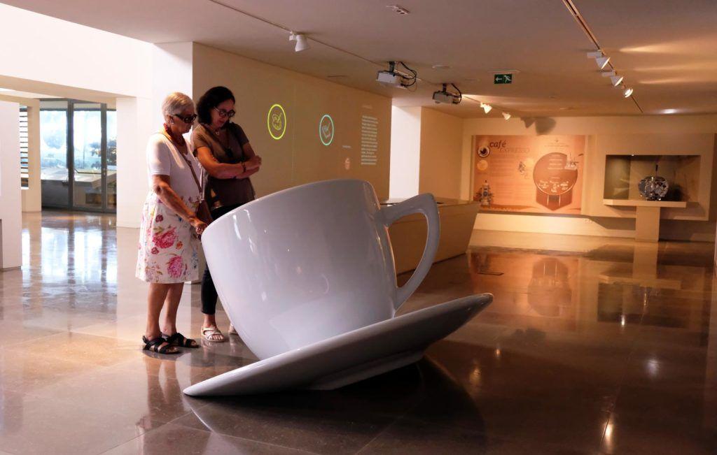 mujeres viaje alentejo, museo del cafe alentejo, museos originales portugal, que hacer en alentejo