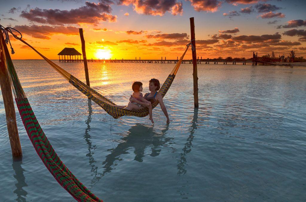 viaje mujeres en holbox, viajes yucatan, mujeres viajeras