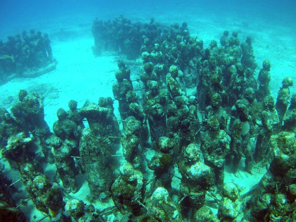museo submarino de cancun, viajes para mujeres a mexico
