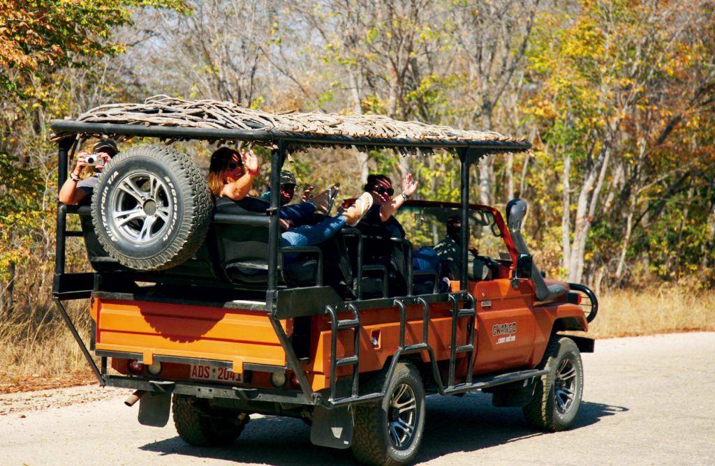 Safari en Zimbabue, mujeres de viaje en zimbabue