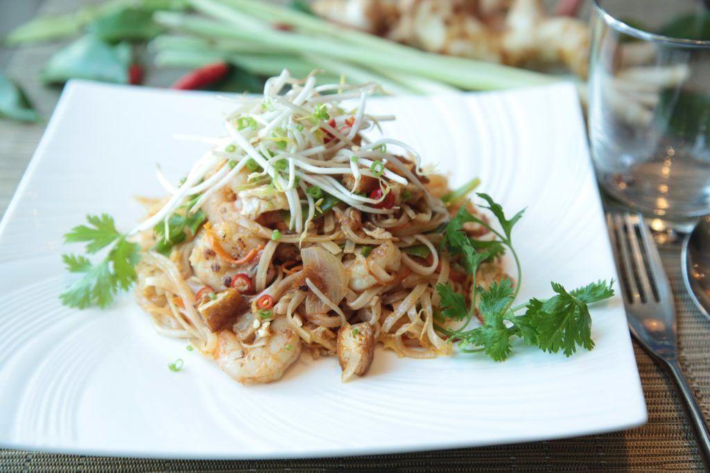 gastronomía tailandesa, viajes para mujeres, mujeres del turismo