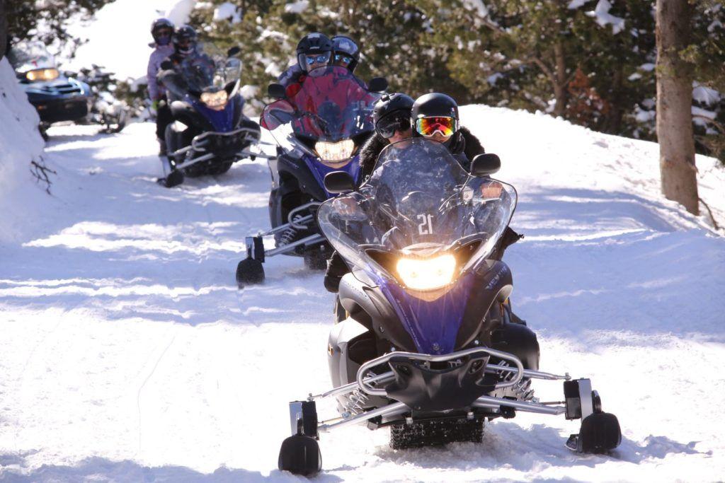 motos de nieve en espana, nieve sin esquiar, que hacer en la nieva si no esquias
