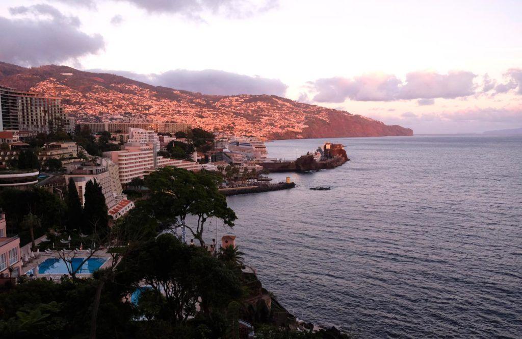 vistas hotel reids palace, hotel reids palace madeira, hotel mujeres madeira