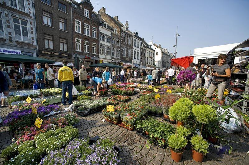 mercado flores, viaje Maastricht