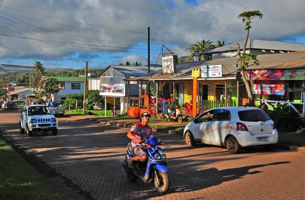 viaje isla de pascua, hoteles de hanga roa