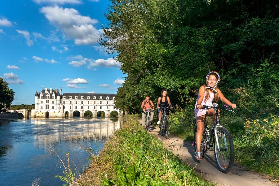El 'Loire a Velo' pasa junto al castillo de Chenanceau.