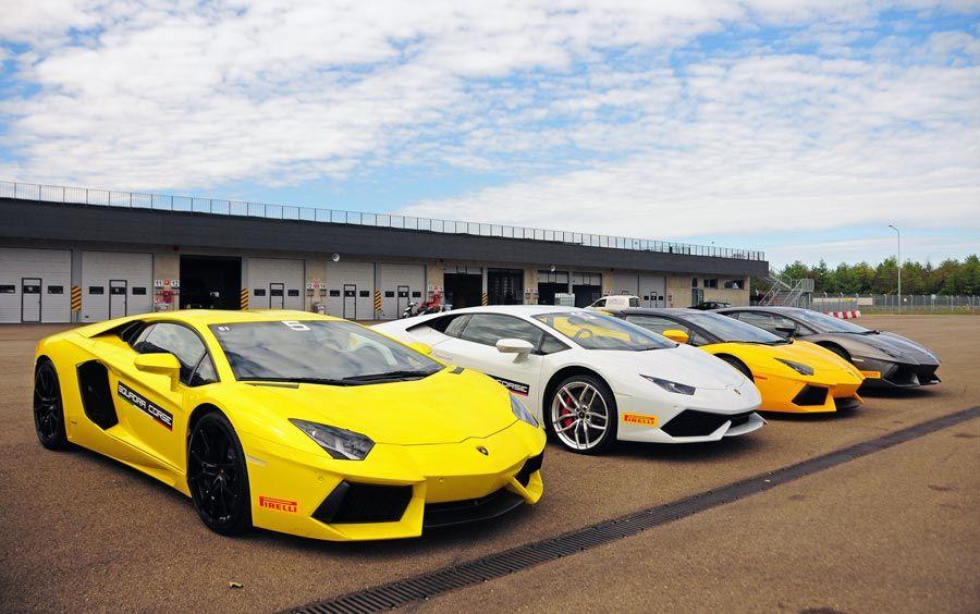 conducir Lamborghinis, autodromo modena, viaje lujo italia