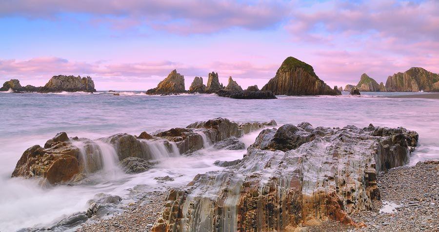 Playa de Gueirua, playas cudillero, playas asturias