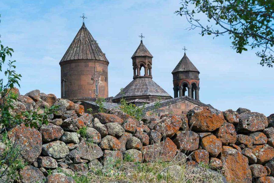 viaje Armenia, Saghmosavank Monastery, Aragatsotn Province, Armenia, Middle East