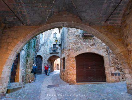 Pals medieval village, Baix Emporda, The Costa Brava, Emporda region, Girona Province, Catalonia, Spain