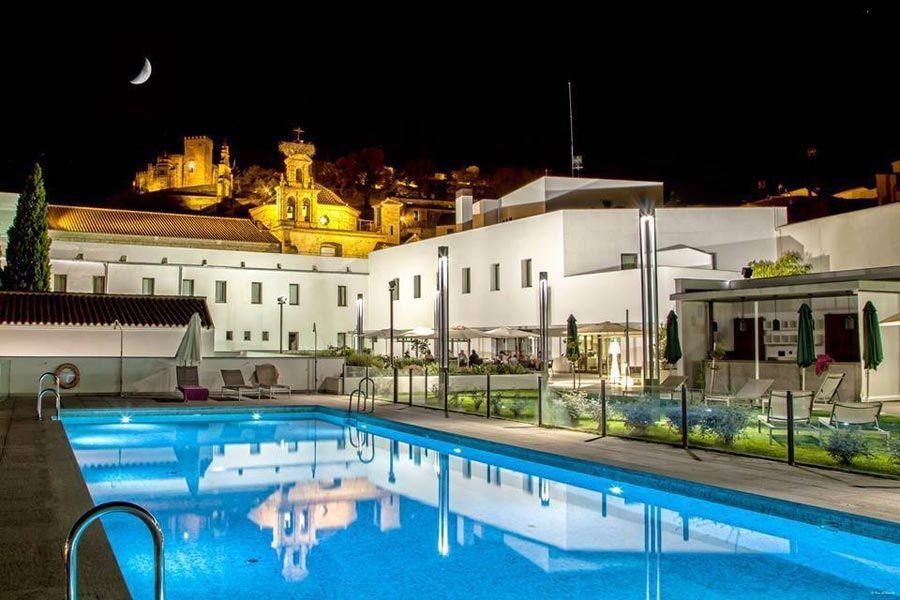 hotel convento aracena, viaje huelva, ruta del jabugo