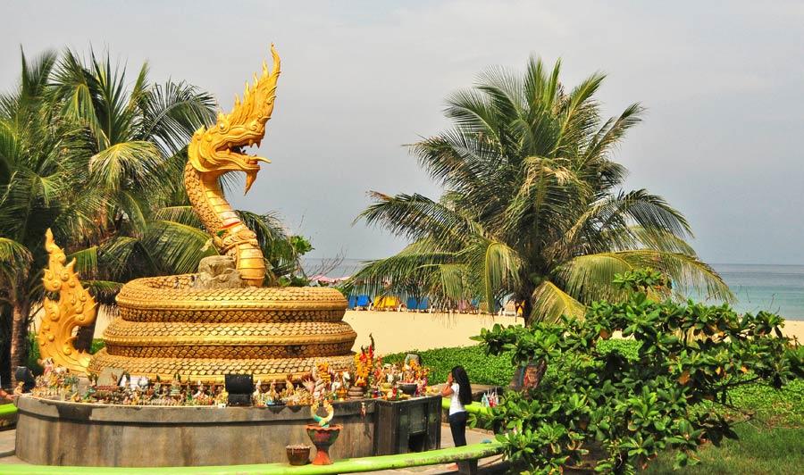 viaje a phuket, tailandia con amigas, karon beach