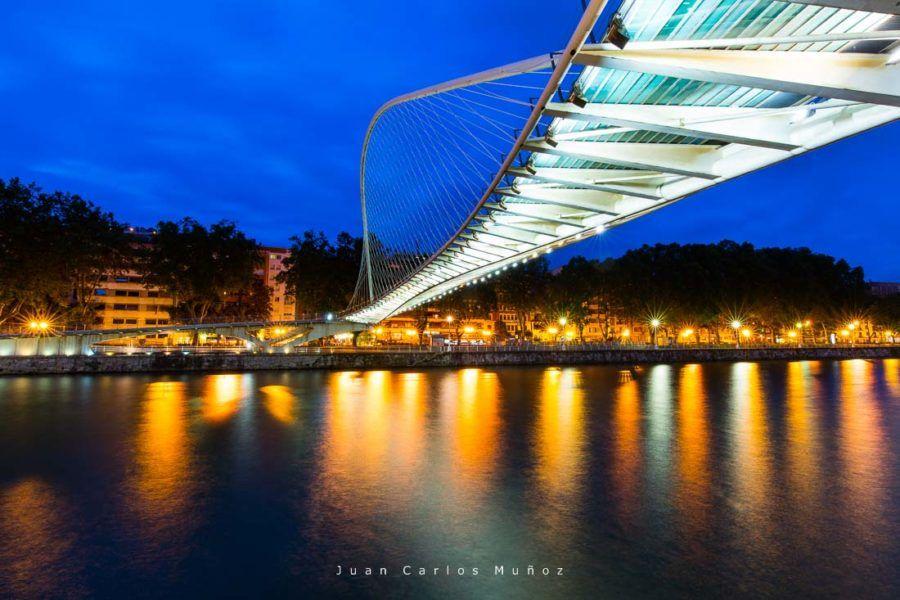 Zubizuri bridge. Bilbao, Bizkaia, Basque Country, Spain, Europe