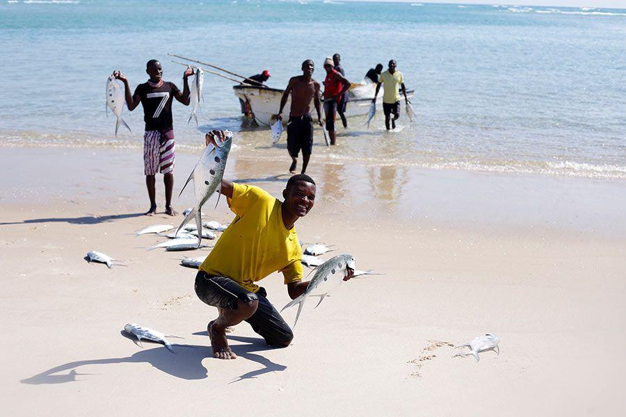 pescadores bazaruto mozambique
