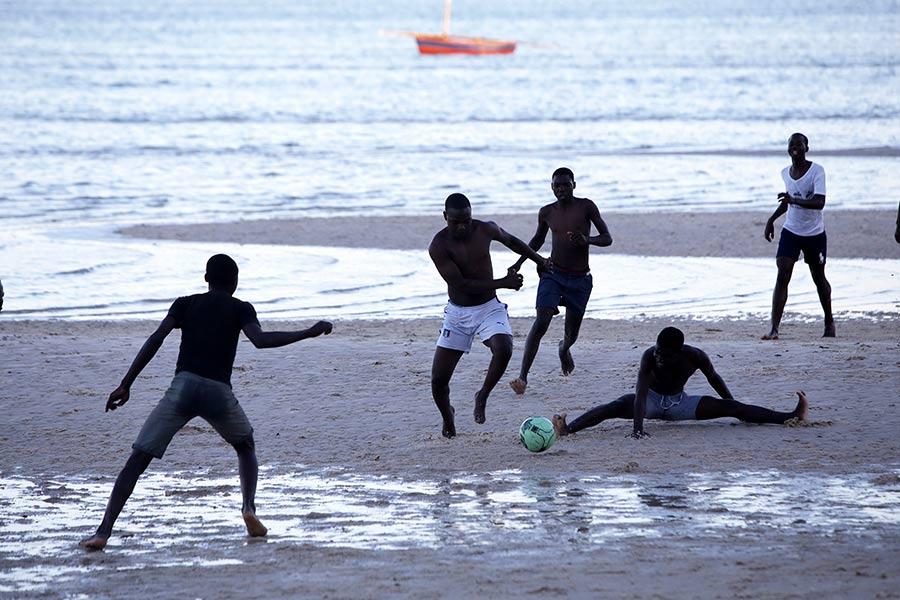 poblacion de bazaruto mozambique