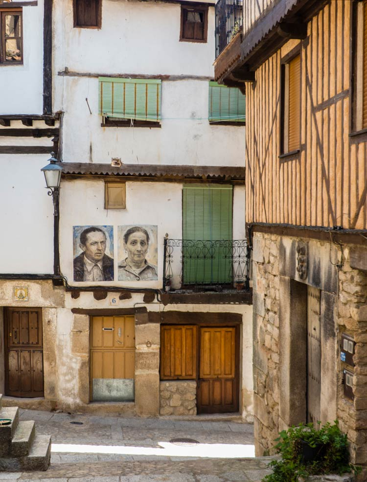 historias familiares en mogarraz, retratos en mogarraz