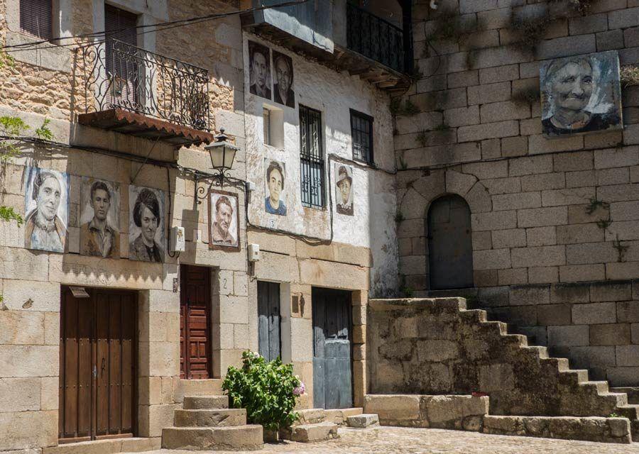 plaza de la torre del campanil, retratos de mogarraz, visitas salamanca