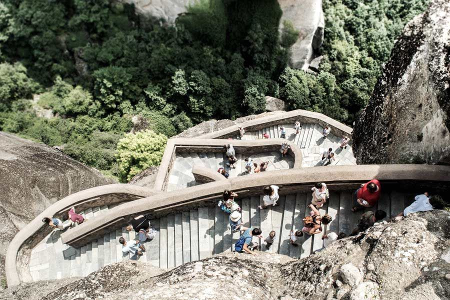 templos de meteora, escaleras monasterios grecia meteora