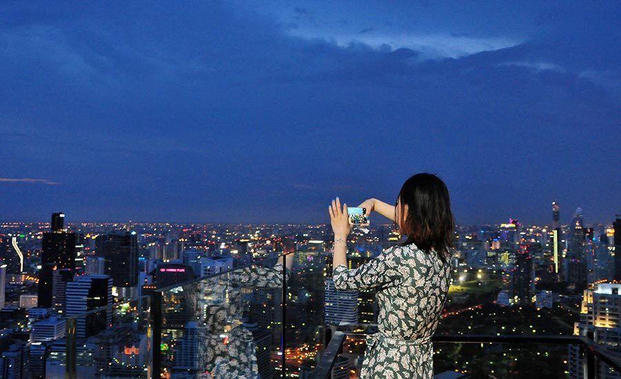 terrazas de bangkok, Rooftop Vertigo & Moon Bar
