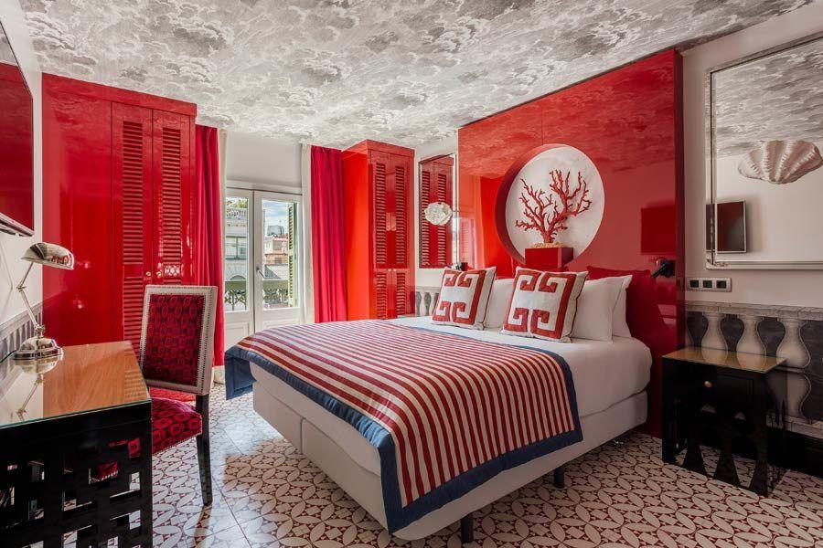hotel room mate anna, hotel barcelona viaje con amigas