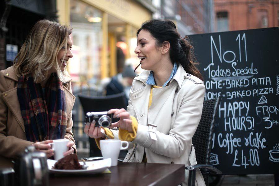 cafeterias belfast, viaje amigas belfast