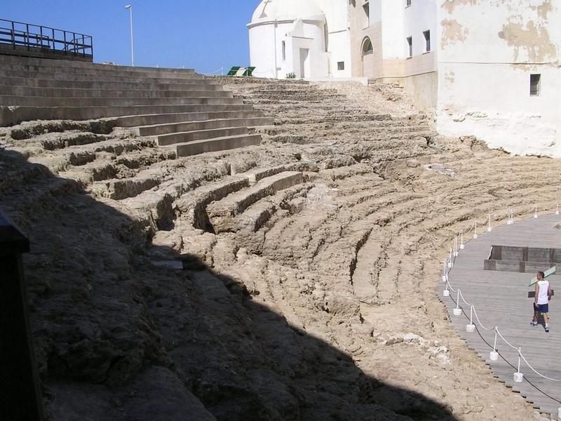 teatro romano cadiz, visitas familiares cadiz, planes ninos cadiz