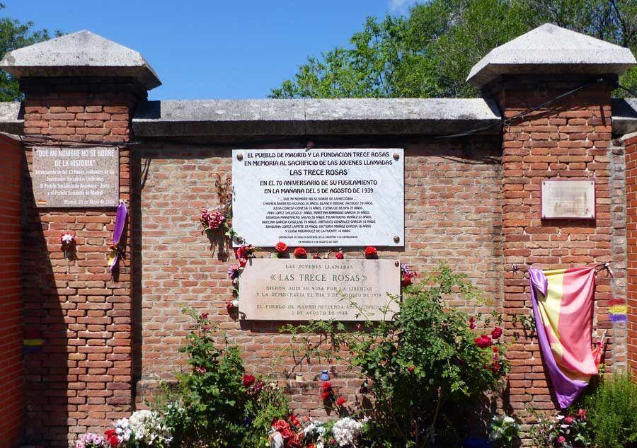 muro trece rosas, cementerio almudena