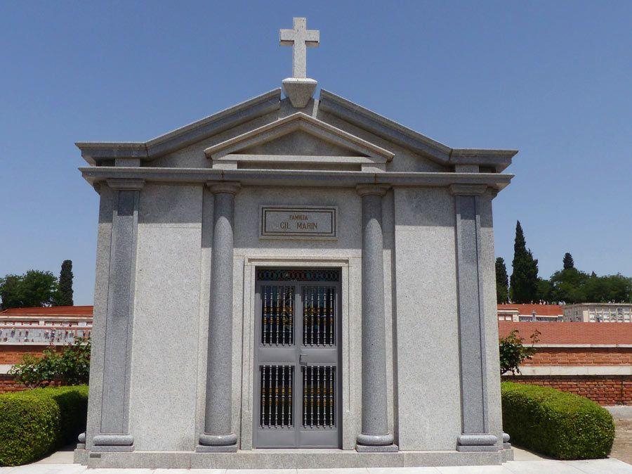 panteon jesus gil, cementerio almudena