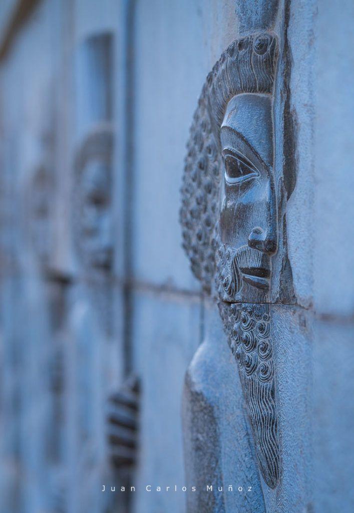 que ver en persepolis, viaje iran, mujeres iran