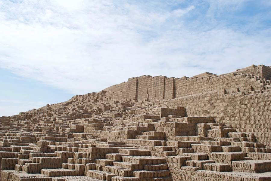 Huaca Pucllana, visitas en lima, peru
