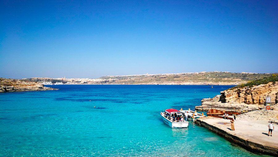 viajar a Malta con amigas, viajes a islas, escapada al Mediterráneo, puerto de Malta