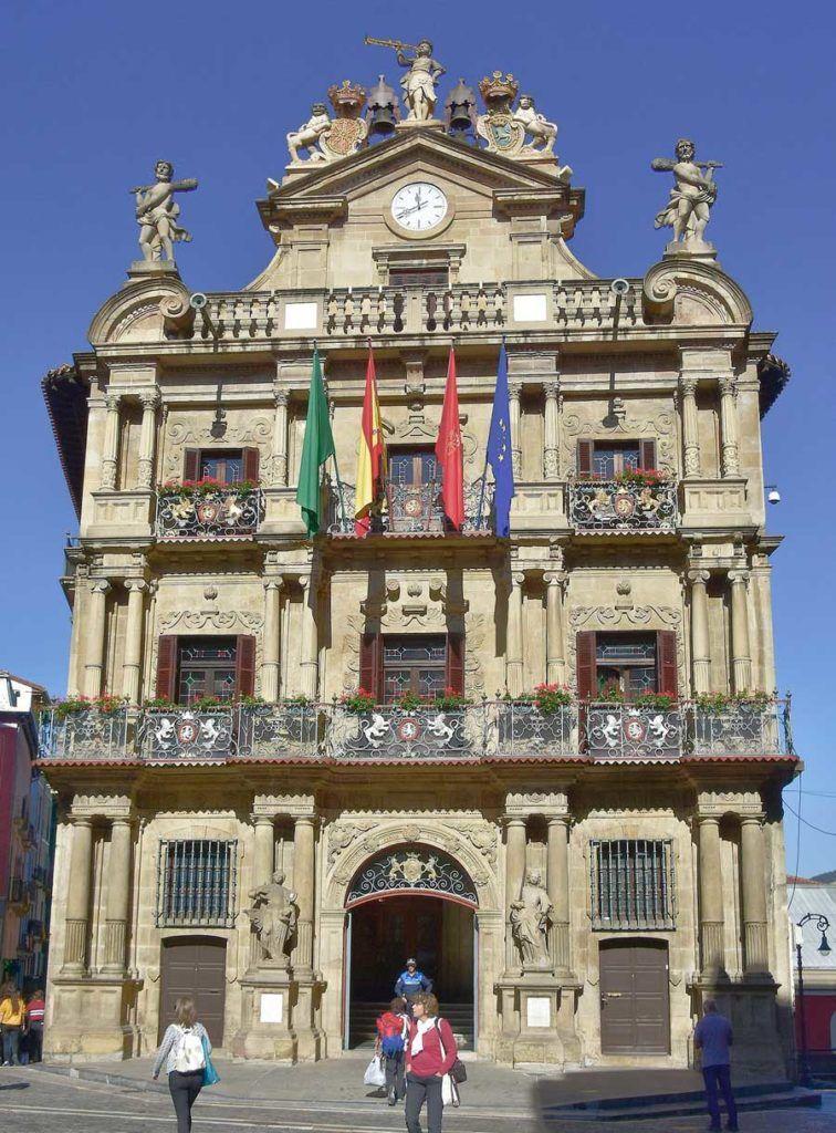viajar sola a Pamplona, fin de semana en Pamplona, ruta de pintxos