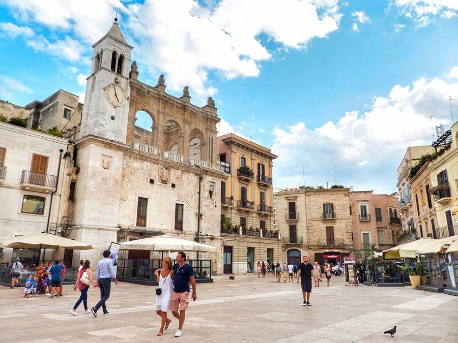 Piazza Mercantile, Bari, viaje apulia